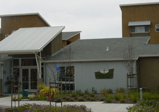 Pacific Shores Apartments Exterior