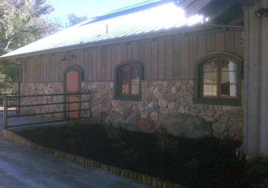 Lichen Oaks Ranch Exterior